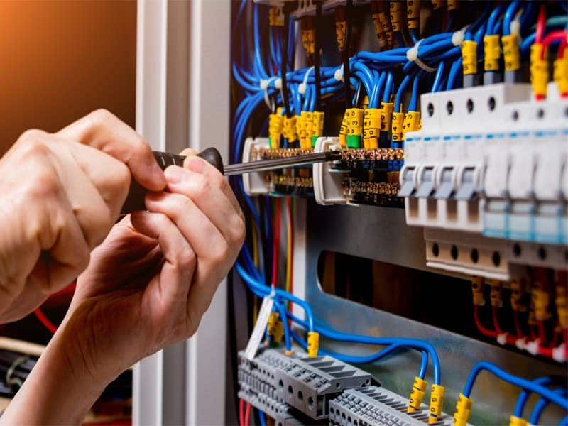 en yakın elektrikçi